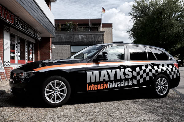 Mayks Intensivfahrschule in Harburg 3er BMW